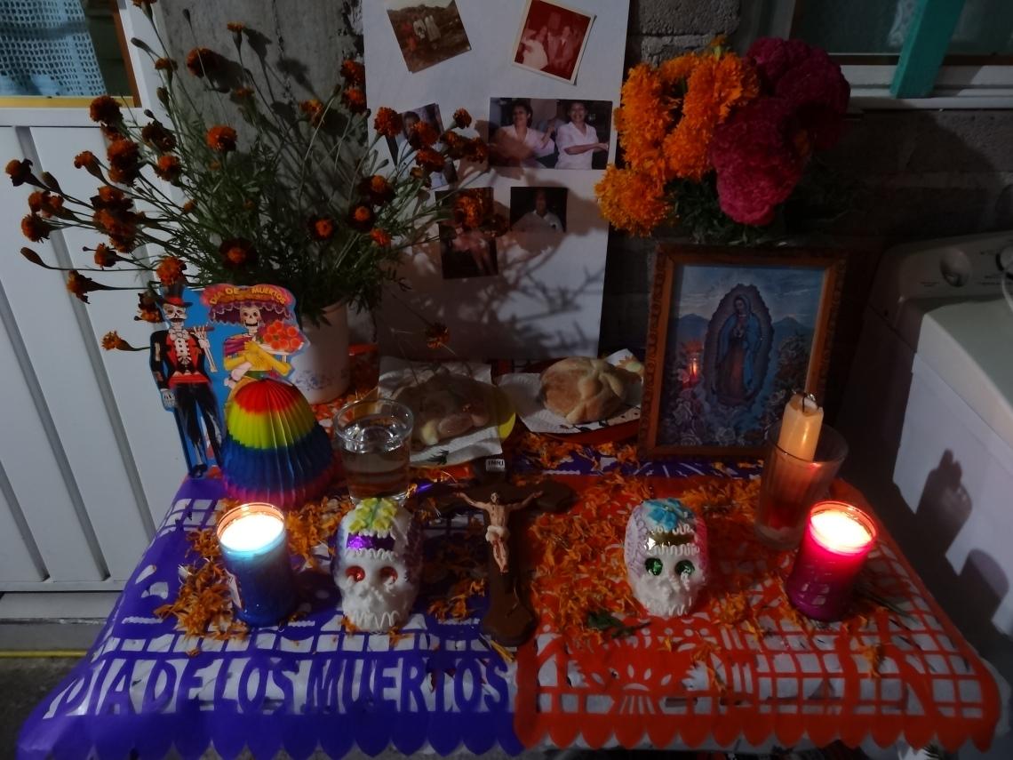 OFRENDA DE DIA DE MUERTOS- TRADICIONES MEXICANAS